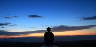 https://pixabay.com/photos/morning-positive-sky-beautifull-2264051/