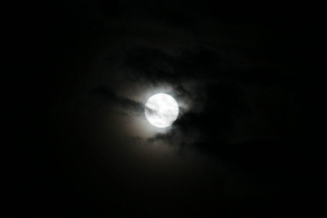selamat-malam-kasih-kata-adalah-rasa-puisi-cinta-untuk-kekasih